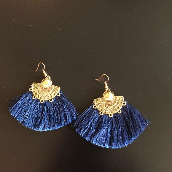 Jewelry - Tassel Earrings in blue